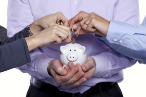 crowdfunding the peer to peer piggy bank